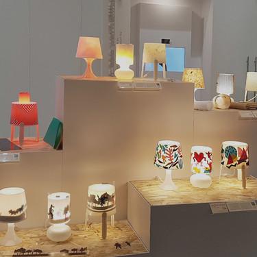 """Estudiantes de diseño """"hackean"""" lámparas IKEA y las exponen en la tienda del centro de Madrid"""