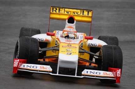 """Lauda: """"El Renault R29 parece una cosechadora"""""""