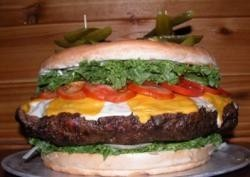 Nuevo record en la hamburguesa más grande del mundo