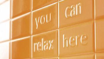 Azulejos Pun, llena tu baño de mensajes