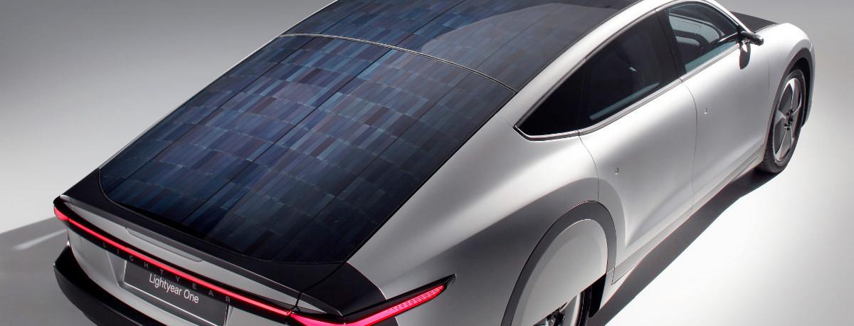Las cuentas (imposibles) para conseguir un coche solar