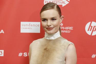 Kate Bosworth con piel y zapatos blancos, ¿un look aprobado o suspenso?