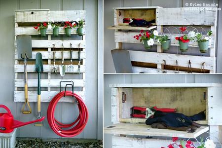 Hazlo tú mismo: un palé para organizar las herramientas del jardín