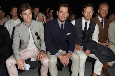 Los hombres más elegantes de Londres marcan tendencia: así se llevan los pantalones claros