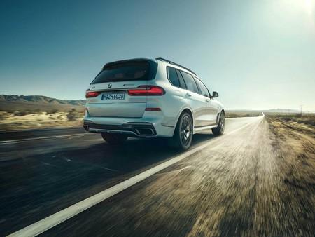 BMW X5 M50i y BMW X7 M50i: dos SUV grandes con 530 CV para bajar de 5 segundos en el 0-100 km/h