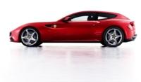 Apple sienta a Siri en el Ferrari FF para iniciar una relación duradera