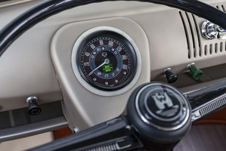 Volkswagen E Bulli 7