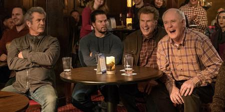 Es la hora de los abuelos: el tráiler de 'Padres por desigual 2' presenta a Mel Gibson y John Lithgow