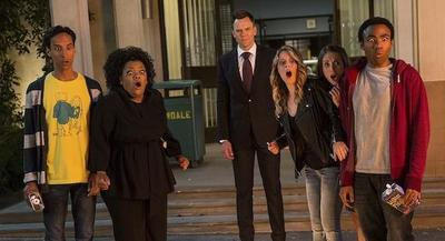 'Community' se tendrá que conformar con cinco temporadas: NBC la cancela junto a 'Revolution'
