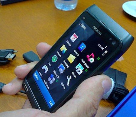 Nokia N8 ¿32GB?, vídeo del navegador web y últimas imágenes que circulan por la red.