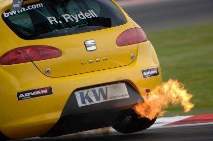 Rydell pole para Seat en el WTCC