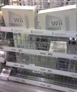 La Wii en la estantería de las tiendas