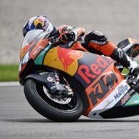 Pese al lío de Dirección de Carrera, Miguel Oliveira se lleva la pole de Moto2