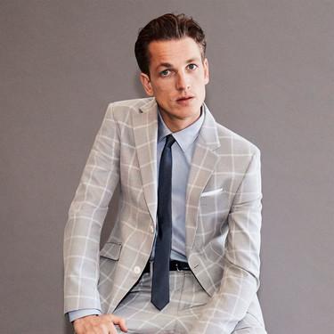 Los cuadros y los tonos grises son la fresca apuesta tailoring de Zara para la primavera