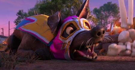 'Dante's Lunch', el divertido e inédito corto de Pixar que nos prepara para su próxima película: 'Coco'
