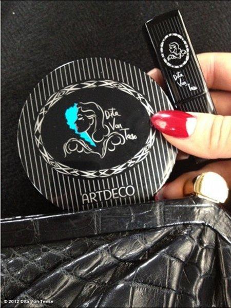 Dita Von Teese lanzará línea de cosméticos en colaboración con Artdeco