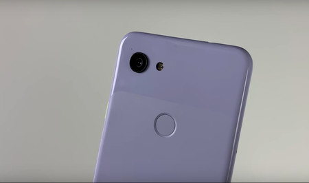 Un vídeo muestra un supuesto Google Pixel 3 Lite en todo su esplendor: adiós al 'notch' y hola al jack de audio