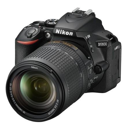 Nikon apuesta por enviar las imágenes directamente a tu smartphone con la D5600