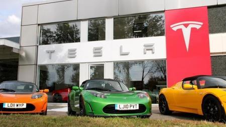 Tesla abrirá tienda en Madrid en 2014, ayer lo hizo en Londres