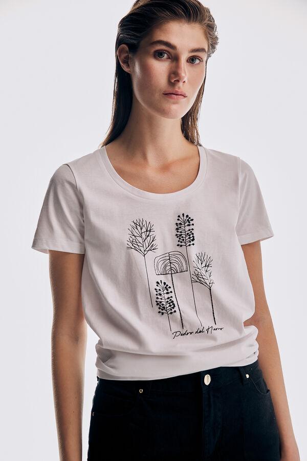 Camiseta manga corta cuello amplio bordado logo
