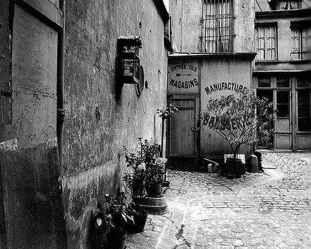 Viaja al París bohemio de la mano de Eugène Atget