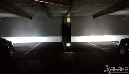 no El es la reto de tener iluminación en automóvil el sólo TlFKJ31c