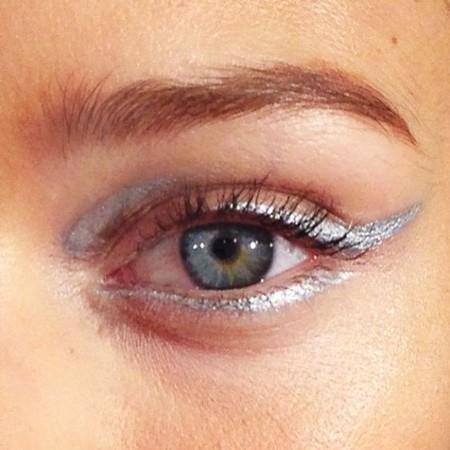 Eyeliner Plateado 1