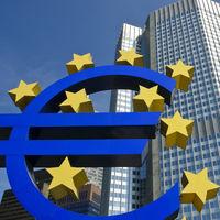 El BCE empuja a la banca a subir comisiones ante la prolongación de tipos bajos