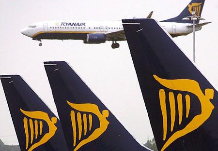 Ryanair deja en tierra a miles de pasajeros