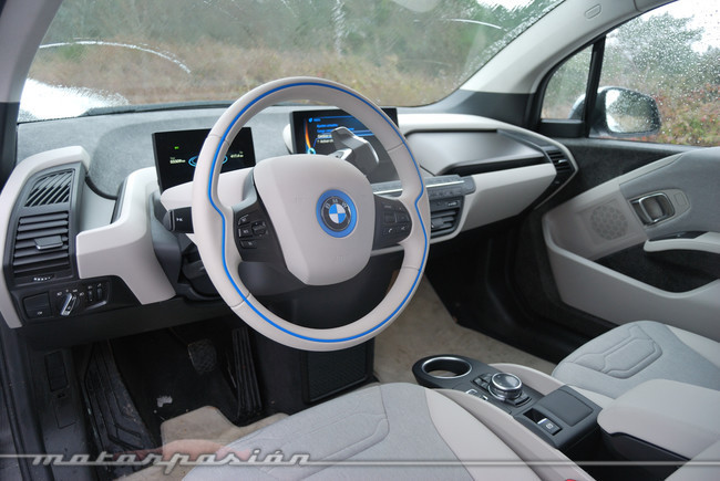 bmw i3 prueba exterior e interior. Black Bedroom Furniture Sets. Home Design Ideas