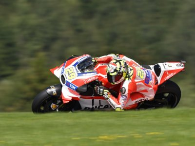 Andrea Iannone se estrena en MotoGP y pone fin a la sequía ganadora de Ducati