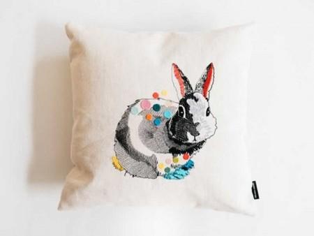 Cojín conejo