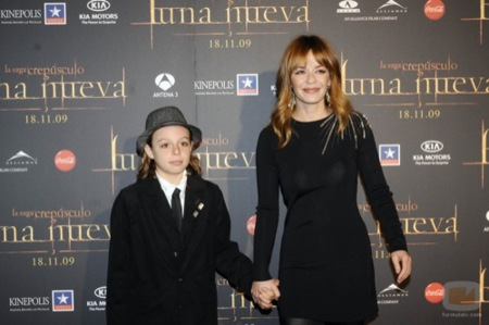 Alfombra roja con famosas españolas en la premiére de Luna Nueva en Madrid, Maria Adánez
