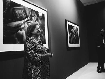 """""""Con la boca abierta"""", la última exposición de Cristina García Rodero"""