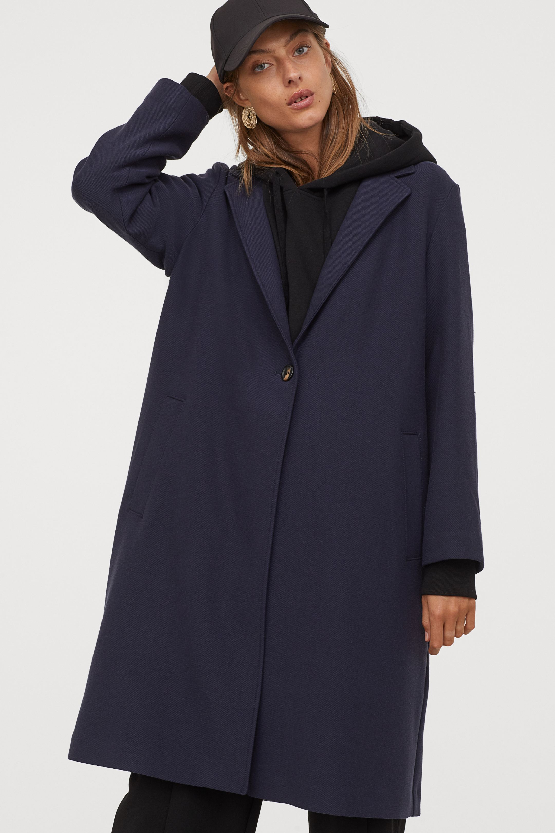Abrigo XL con solapas en azul marino