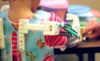 WREX, un exoesqueleto para niños con discapacidad creado con una impresora 3D