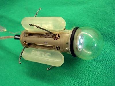 Mini robot para operar dentro de nuestro cuerpo