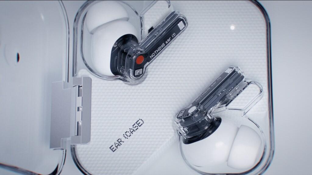 Nothing lanza sus ear (1), unos auriculares inalámbricos de diseño inusual con cancelación de ruido por 99 euros