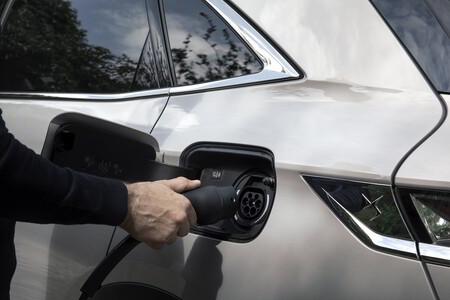 Lujo francés aplicado al coche eléctrico e híbrido