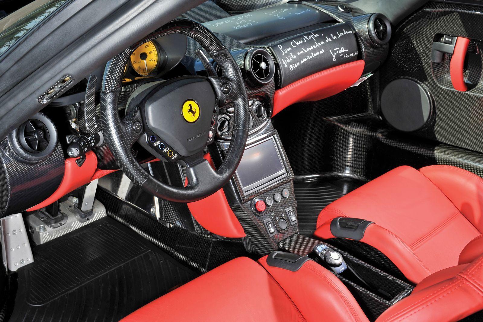 Foto de Ferrari Enzo subasta (26/27)
