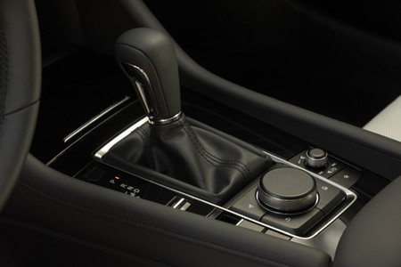 Mazda 3 Interiors 3