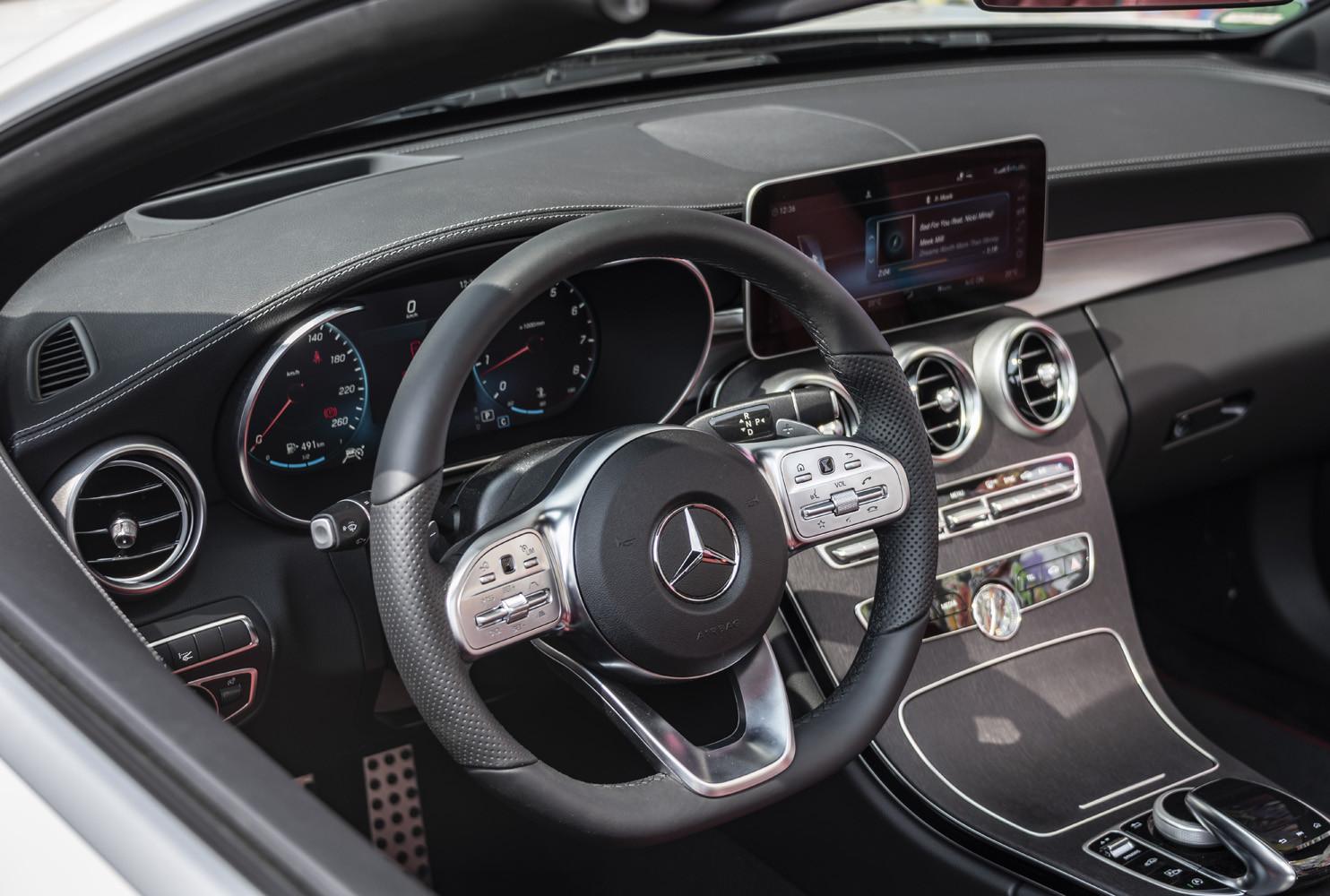 Foto de Mercedes-Benz Clase C 2018, toma de contacto (63/255)