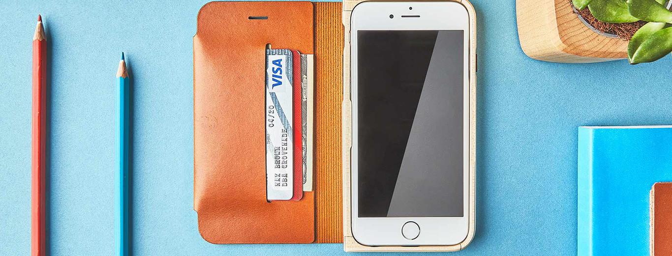 04ccea36146 ¿De qué importa el diseño de los móviles si acabamos poniéndoles carcasas y  fundas?