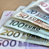 ¿Puedo aceptar pagos en efectivo de más de 1.000 euros en mi negocio? Solo en el caso de no residentes en España
