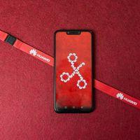 Huawei sanciona a los empleados que felicitaron el Año Nuevo en Twitter desde un iPhone