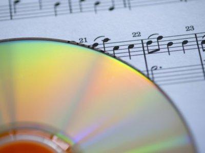 En Reino Unido vuelve a ser ilegal hacer copias privadas de tu música o subirla a la nube