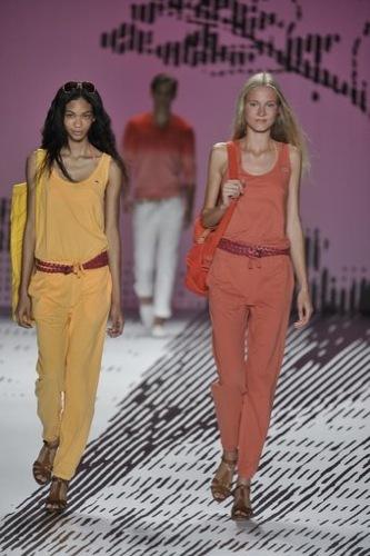Lacoste, colección mujer primavera-verano 2009