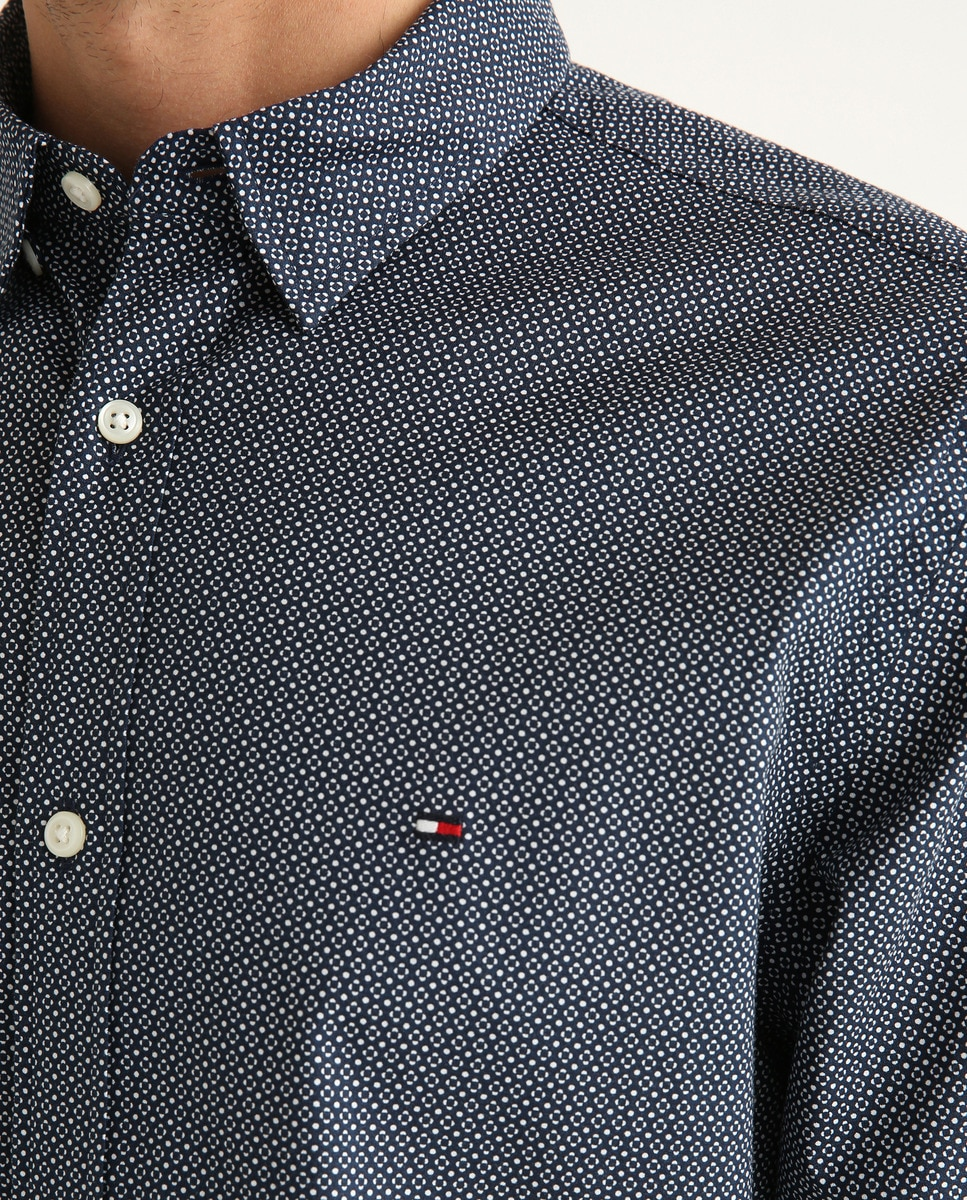 Camisa de hombre regular microestampada de manga larga azul marino