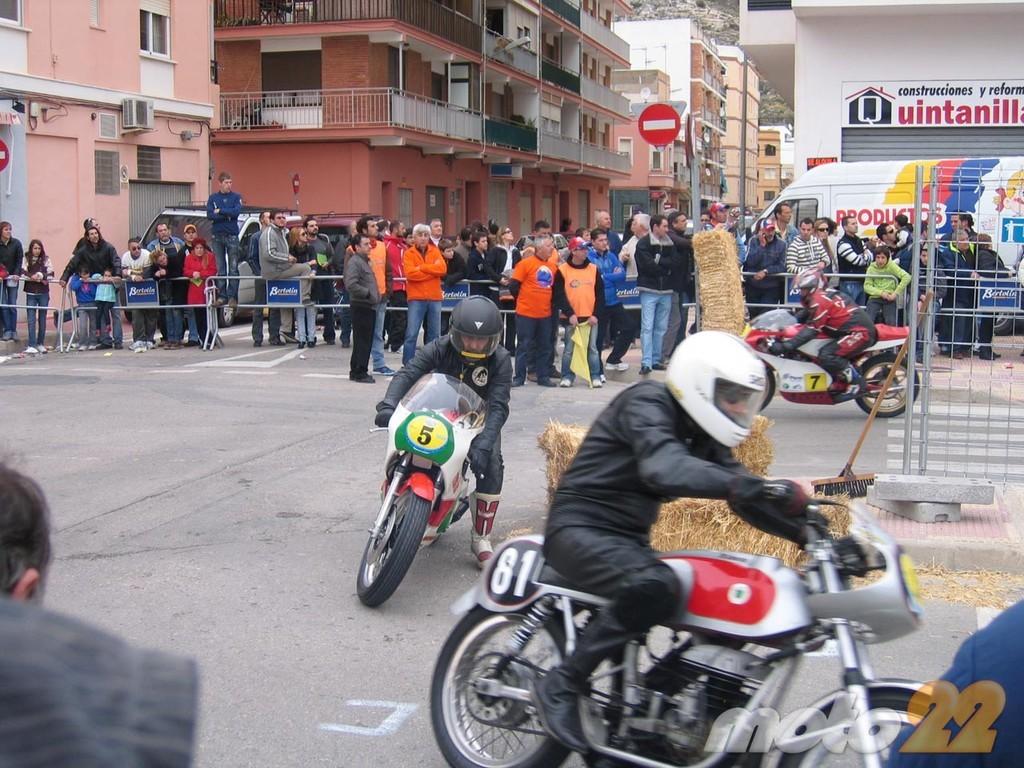 Foto de Motos clásicas en Cullera, la crónica de unas carreras clásicas en circuito urbano (2/26)