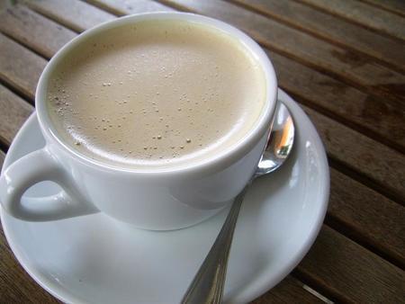 ¿Por qué tomo café con sacarina si luego me como un bollo?